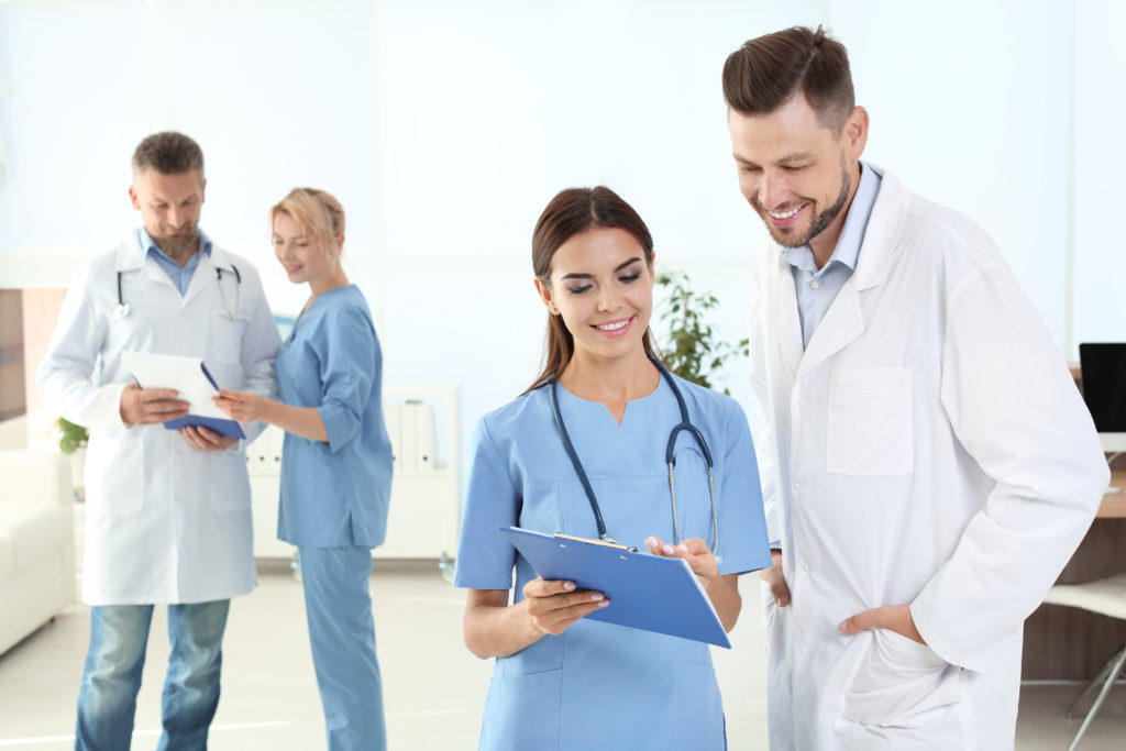 what do medical assistant do
